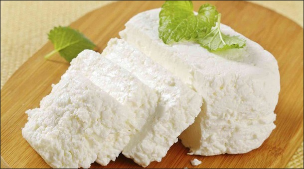 С чем едят рикотту: вкусные и простые рецепты