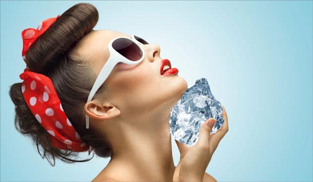 Протирание лица льдом – польза и вред, для кожи лица