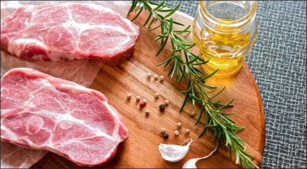 Маринуем свинину для запекания в духовке: рецепты и советы