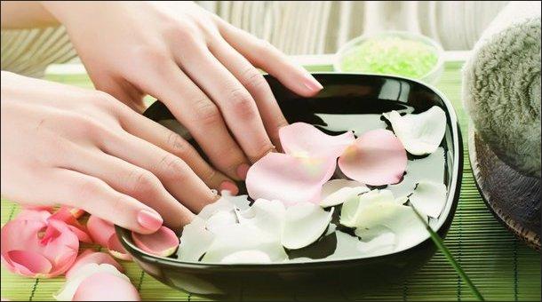 Ногти стали как будто рифленые: в чем причина, и как лечить?