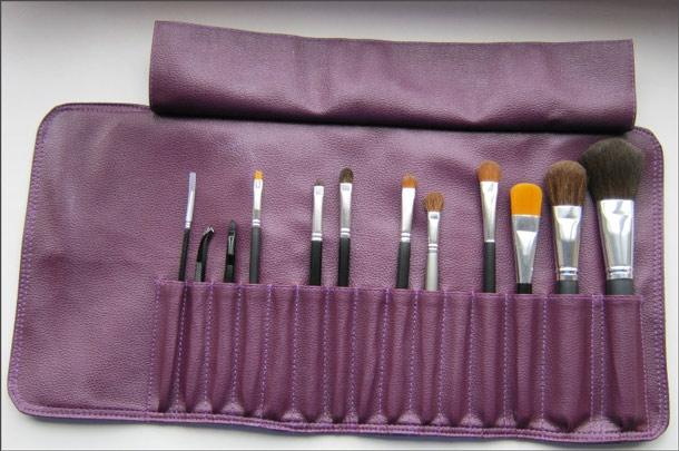 Как сшить красивый чехол для хранения кистей для макияжа своими руками?