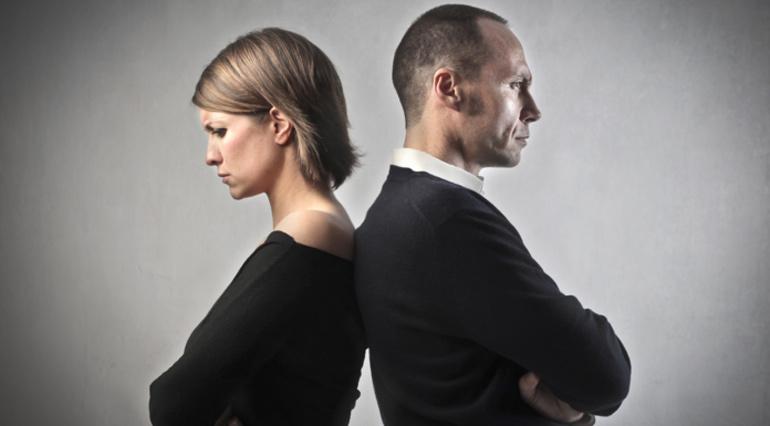 Как распознать первые признаки будущего мужа-тирана и что делать дальше?
