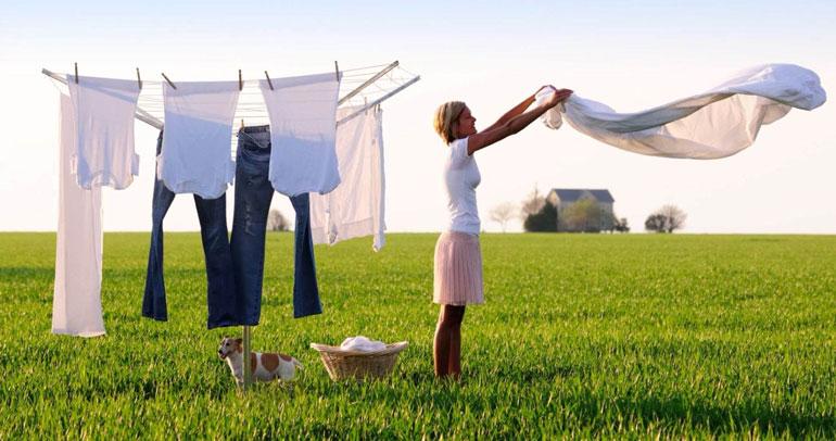 Как быстро высушить одежду после стирки в домашних условиях?