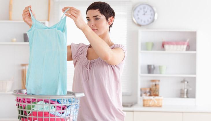 Как навсегда избавиться от запаха пота на одежде: 13 проверенных способов