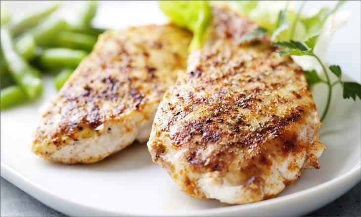 Почему белково-углеводная диета считается самой безвредной и сколько можно на ней «сидеть»?