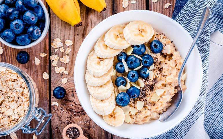 Кому подойдет геркулесовая диета и насколько можно похудеть без вреда для здоровья?